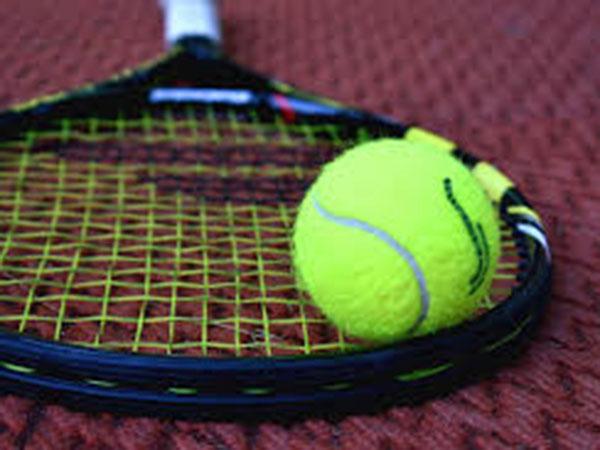 Kenin outlasts Kvitova to face Swiatek in French Open final