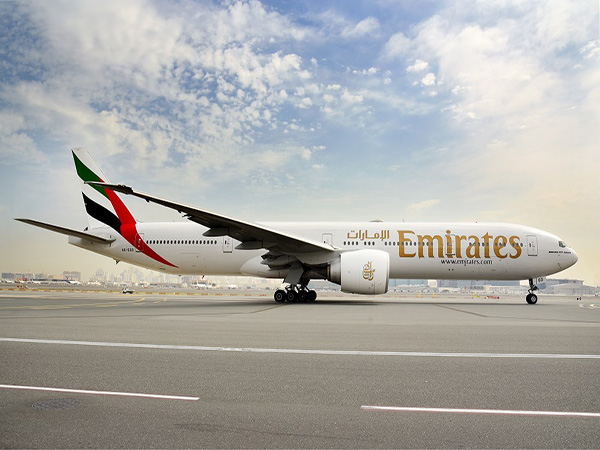Emirates employees to get full pay from October