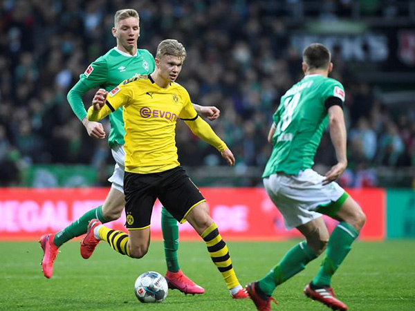 Dortmund reap 2-0 win over Bremen in Bundesliga