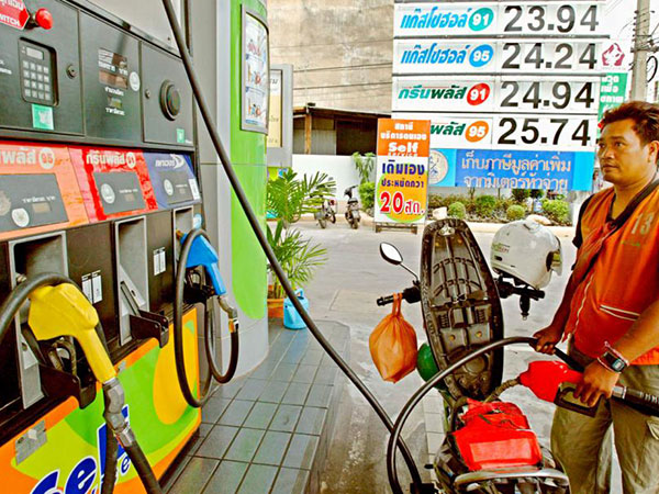 Thai PTT to open first Myanmar filling station next year