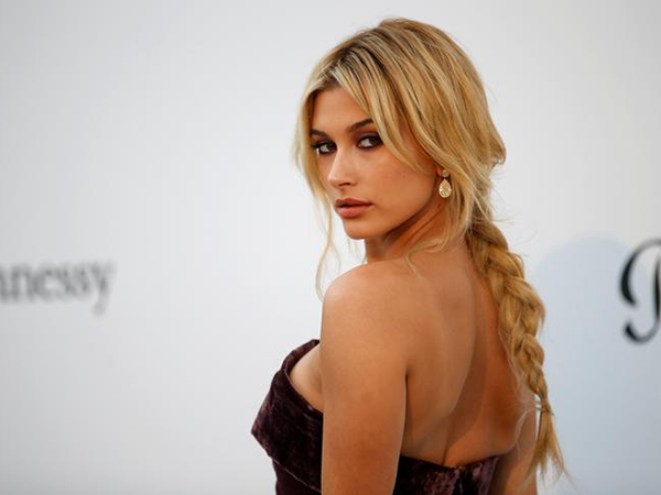 Hailey Baldwin's wedding dress has some fans convinced there's a typo on it