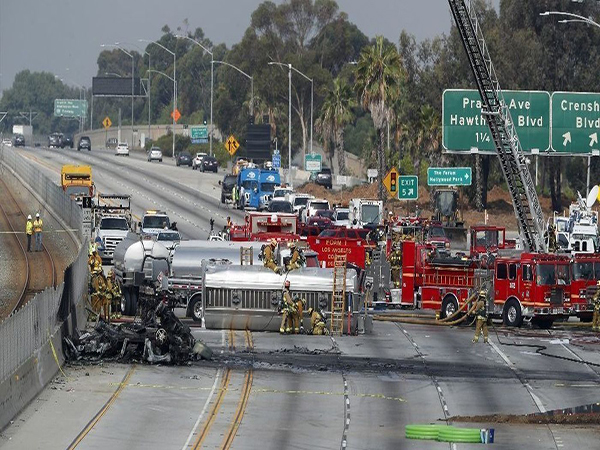 All westbound lanes reopened on 105 Freeway after fatal early morning crash