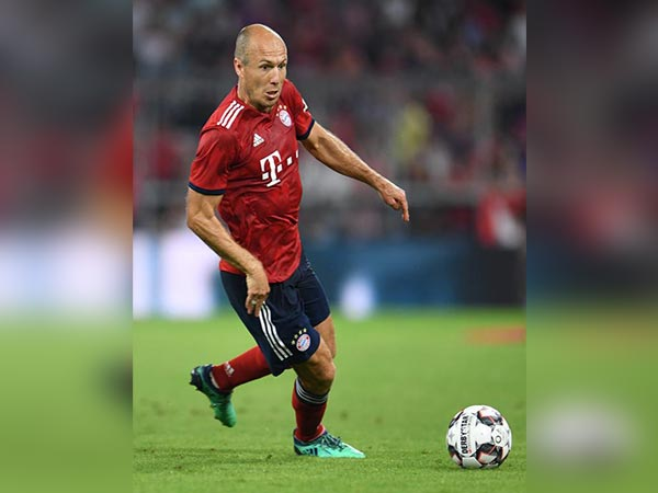 Doha day five: Robben's status, a trio of players miss training, and Süle speaks to the press