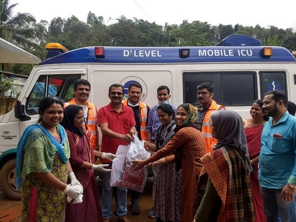 Aster Volunteers helping flood-ravaged Kerala round the clock