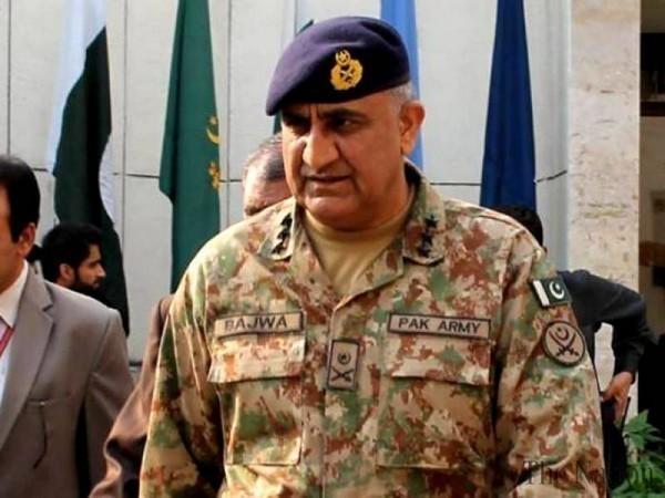 Pakistan's men in uniform 'lording' over Pakistani media organisations