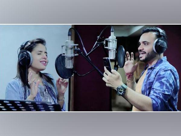 "RJ Khushee announce the release of first official Gujarati track, "" Bindas chhu hu "" by Jatin Sadhu"