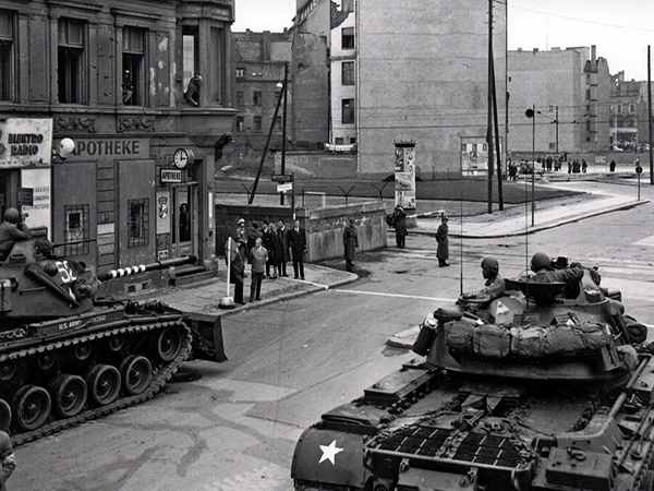 Walls of the World: Berlin, frontline of the Cold War between East and West (3)