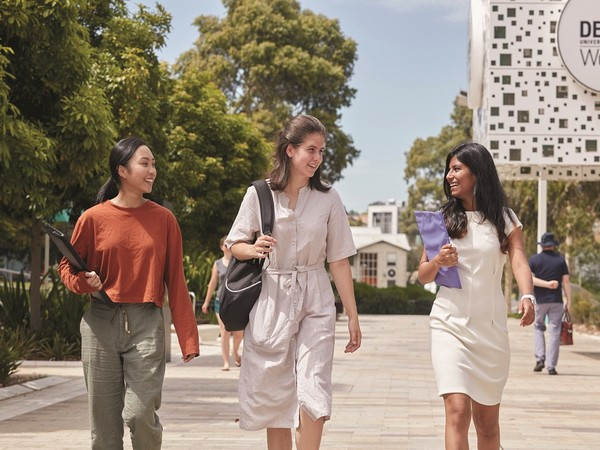 Deakin University, Australia announces exclusive Academic Mentorship in Software Engineering for Indian students