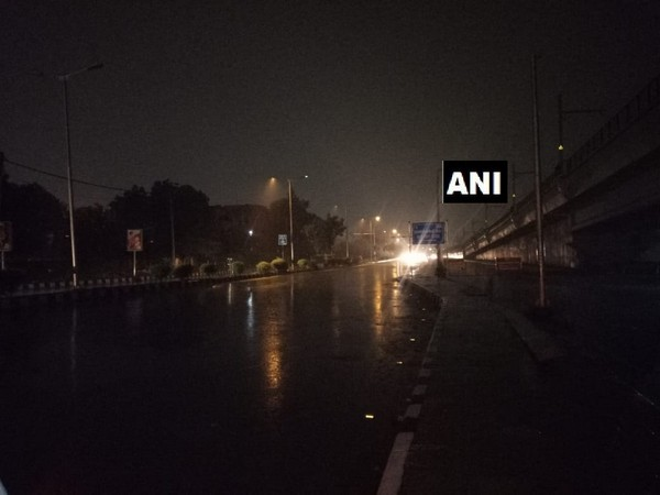 Rain, thunderstorm lash parts of Delhi