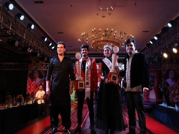 Dellywood organized the Grand Finale of Mr, Miss and Mrs India 2018