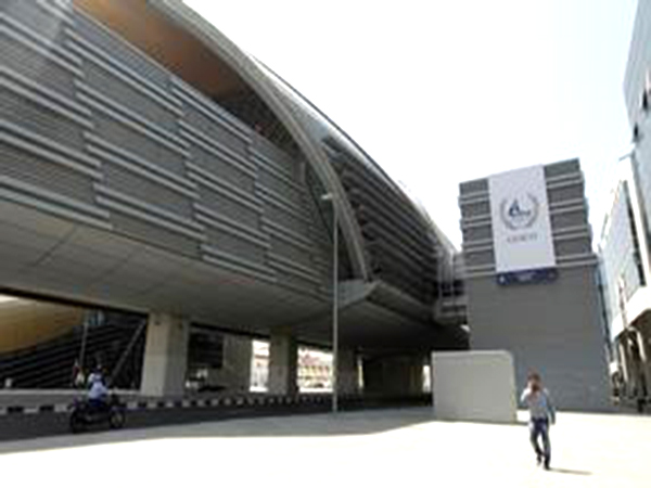 Leave your car at home; Dubai Metro to run all day for New Year
