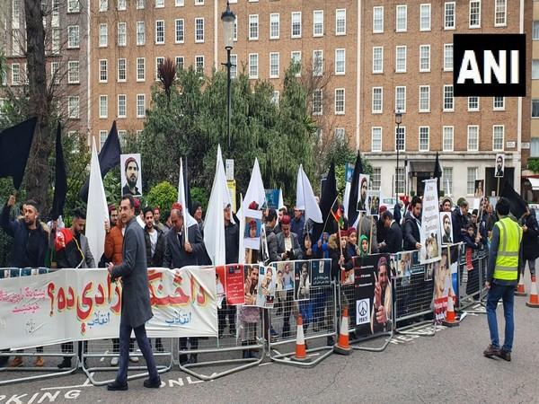 Pashtuns hold anti-Pakistan protest in London
