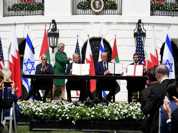 Israel, Bahrain, UAE signing the Abraham Accord along with US President Donald Trump. (Photo credit: Donald Trump official Twitter)