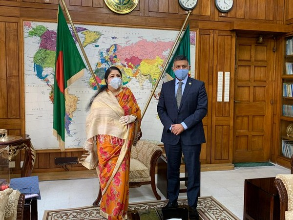 Indian High Commissioner to Bangladesh Vikram Doraiswami with Bangladesh Jatiya Sangsad Speaker Shirin Sharmin Chaudhury. (Twitter/India in Bangladesh)