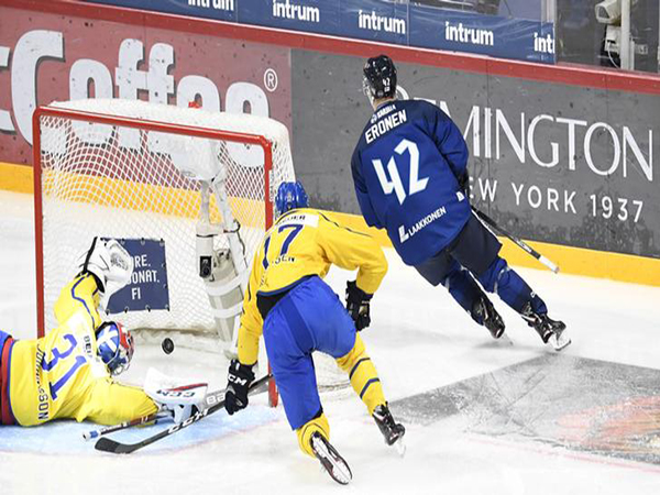 Finland defeats Canada in world juniors tune-up