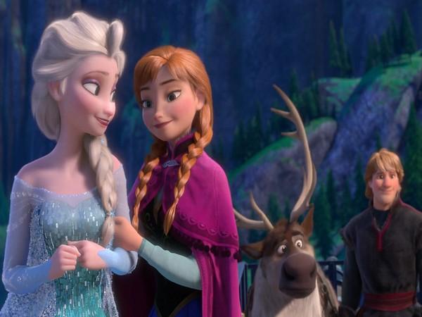 Poster of Disney film Frozen