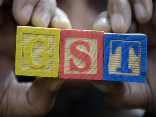 Officials discuss ways to streamline GST system, curb evasion