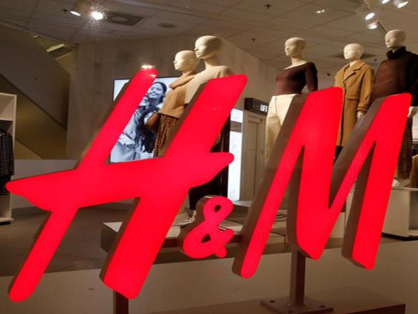 Can Clothing Rental Save Retail?