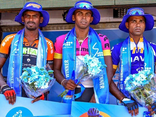 Hasantha clinches second stage