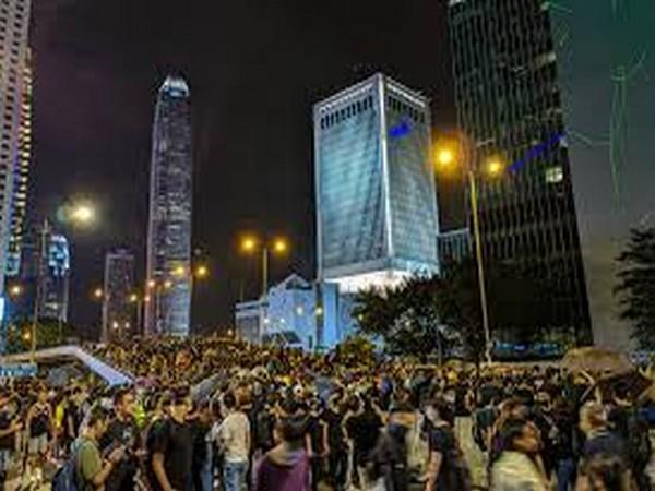 China imposes visa restrictions on US officials over Hong Kong