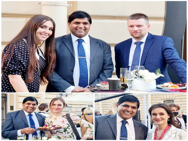 Dr Asif Iqbal meeting the delegates in Russia