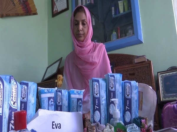 Kashmiri woman distributes menstrual kits to girls amid coronavirus lockdown