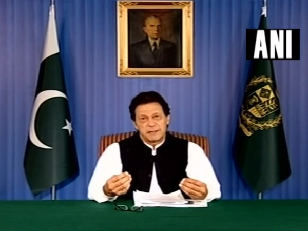 Pak willing to improve ties with neighbouring countries: Imran Khan