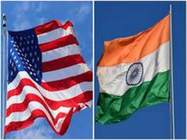 India, US flags