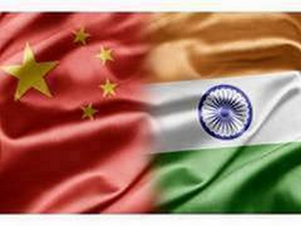 China and Indian flags