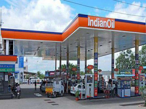 Indian Oil's profit jumps 17 pc to Rs 6,099 crore in FY 19