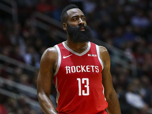 James Harden sets Rockets record with 36 first-half points
