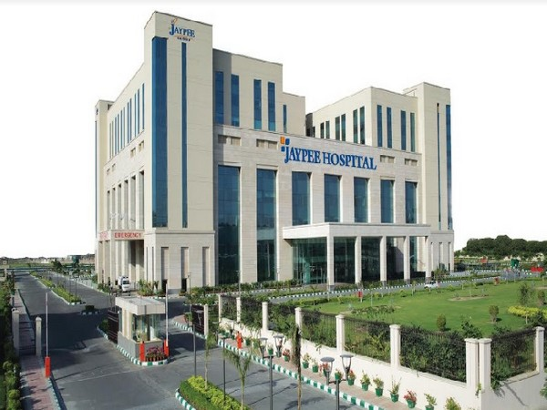 Jaypee performs one-of-its-kind spinal treatment via Endoscopy