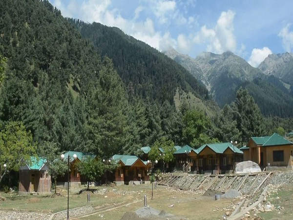Huts, cafeteria, trekking camps coming up at Kashmir's Chattpal tourist destination