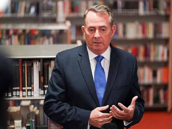 Police to investigate leak that ousted UK ambassador Darroch