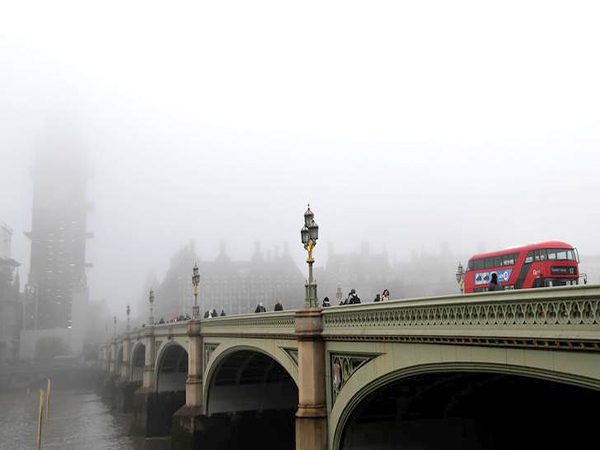London's weather, traffic and gas prices for Friday