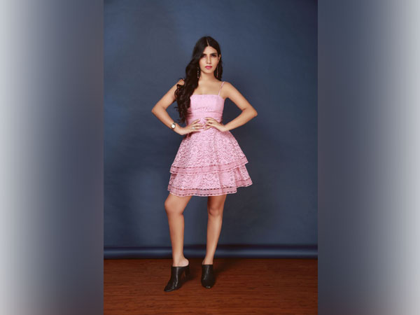 Rising Media Star and Young Woman Entrepreneur, Zarine Manchanda brings India its First 7-star Cafe