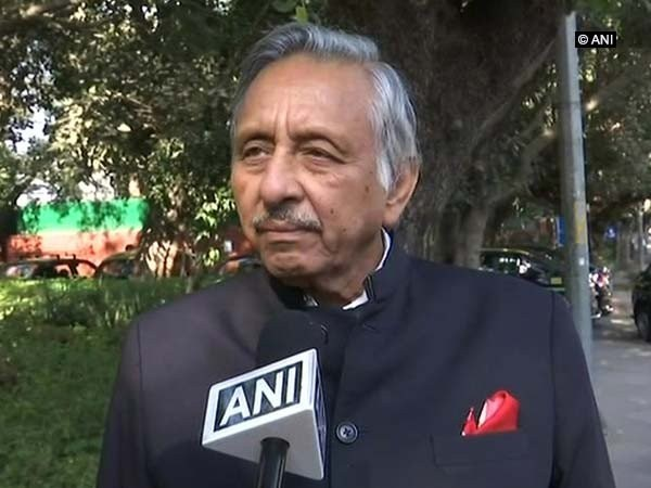 Aiyar returns, terms 'neech aadmi' jibe against PM Modi 'prophetic'