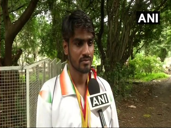 National level para-athlete forced to beg on Bhopal streets