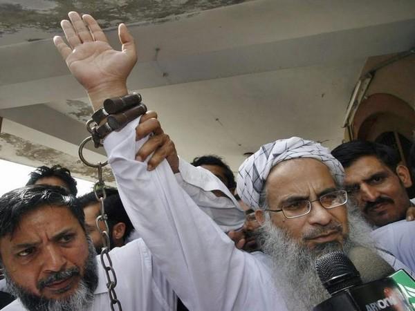 Former Lal Masjid cleric Maulana Abdul Aziz (File pic)