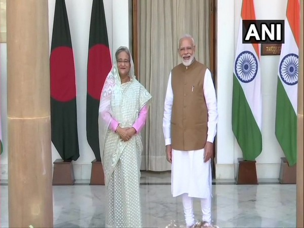 Bangladesh Prime Minister Sheikh Hasina along with Prime Minister Narendra Modi (File photo)