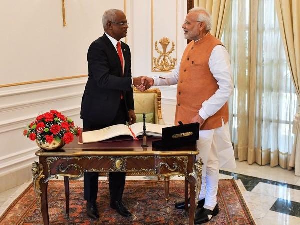 Prime Minister Narendra Modi and Maldivian President Ibrahim Solih (File pic)