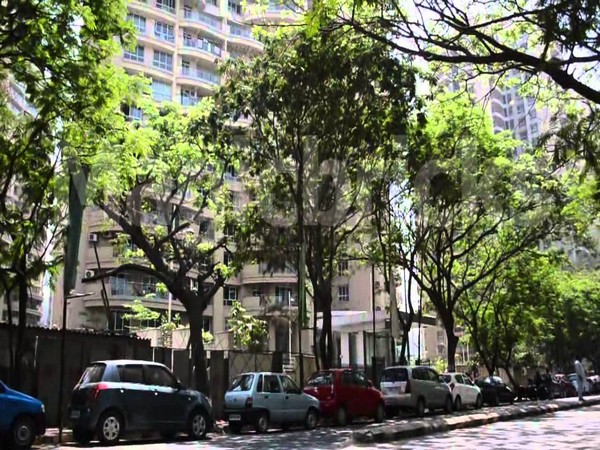 Chandivali is located near the bustling suburb of Powai