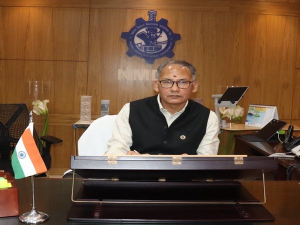 Sumit Deb assumes charge as CMD of NMDC