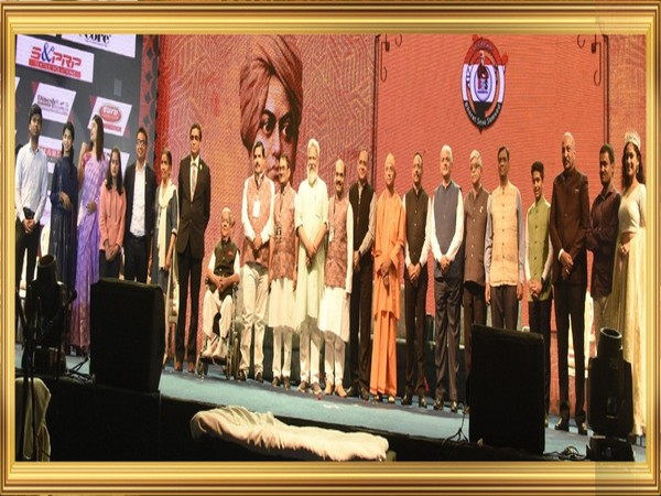 12 Indian icons awarded at National Youth Day
