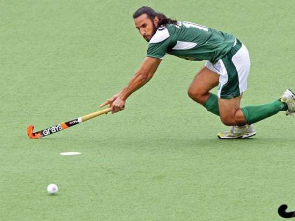 Pakistan hockey captain lashes out at team management