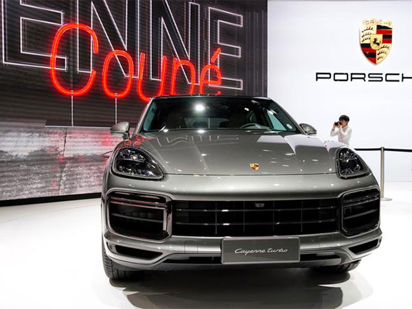 Germany's Porsche uses China-Europe Railway Express for export to China