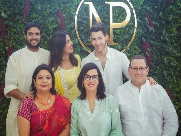 Priyanka Chopra and Nick Jonas with family