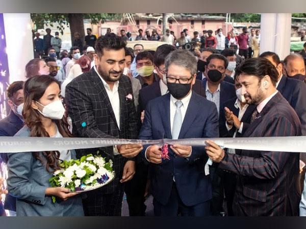 TR Sawhney inaugrated ARENA and NEXA Showrooms in Daryaganj, Delhi