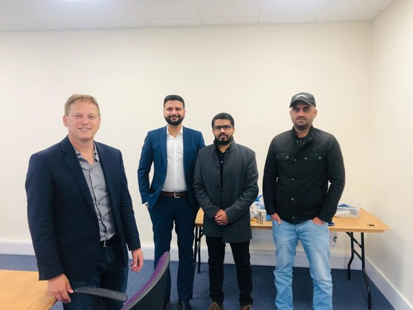 A delegation of BNM UK zone along with former chairman of Conservative party, and current state minister for Transportation Grant Shapps.