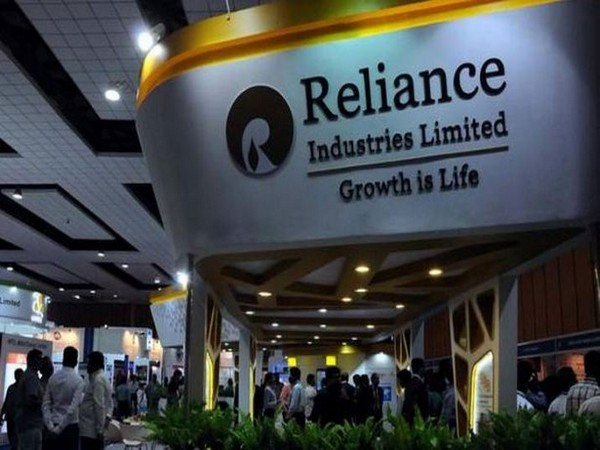 Reliance Industries displaces Indian Oil to emerge as India's biggest company